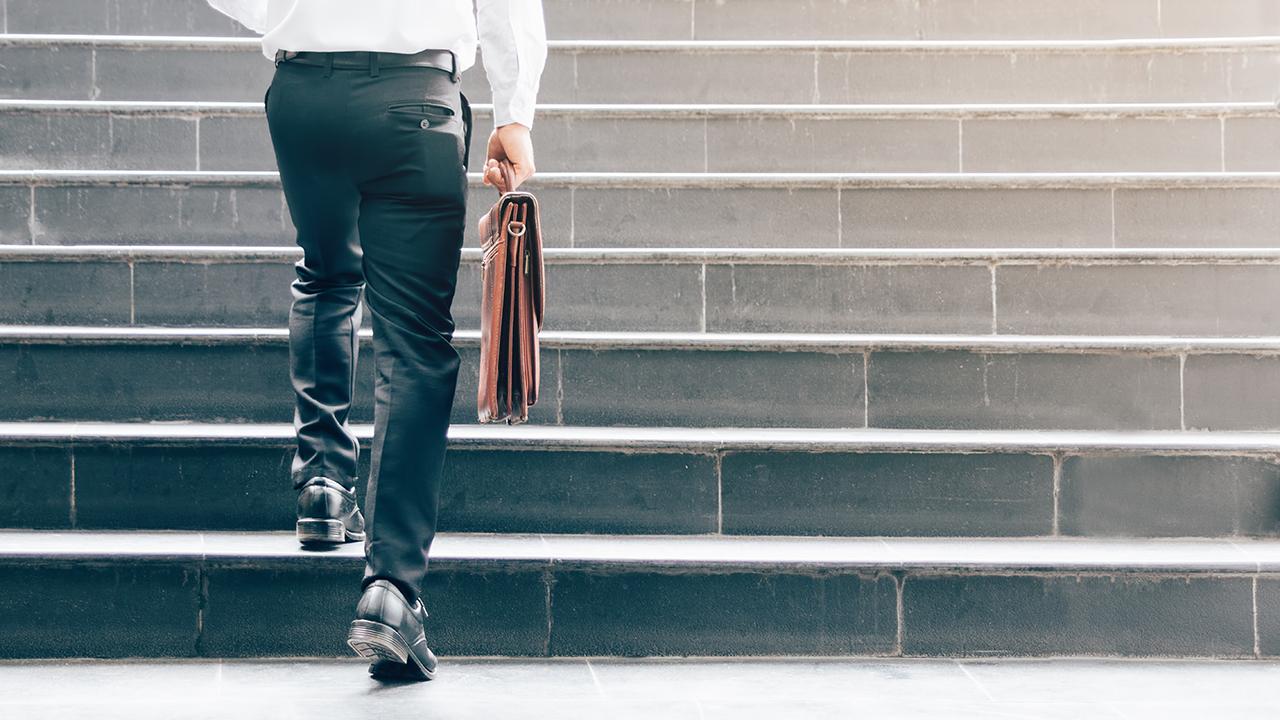 lavoro più pagato al mondo al mese