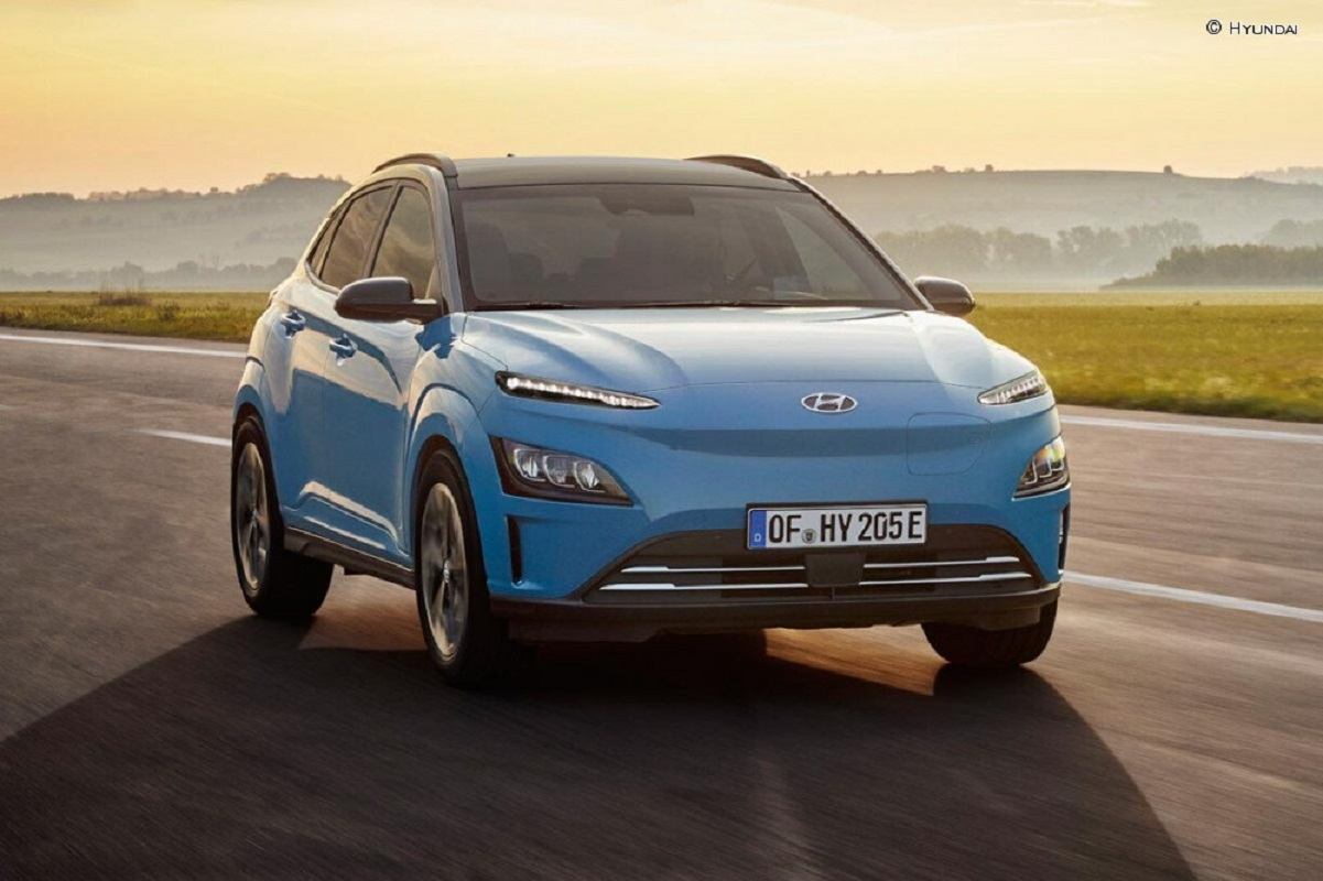 Hyundai Kona Electric si aggiorna