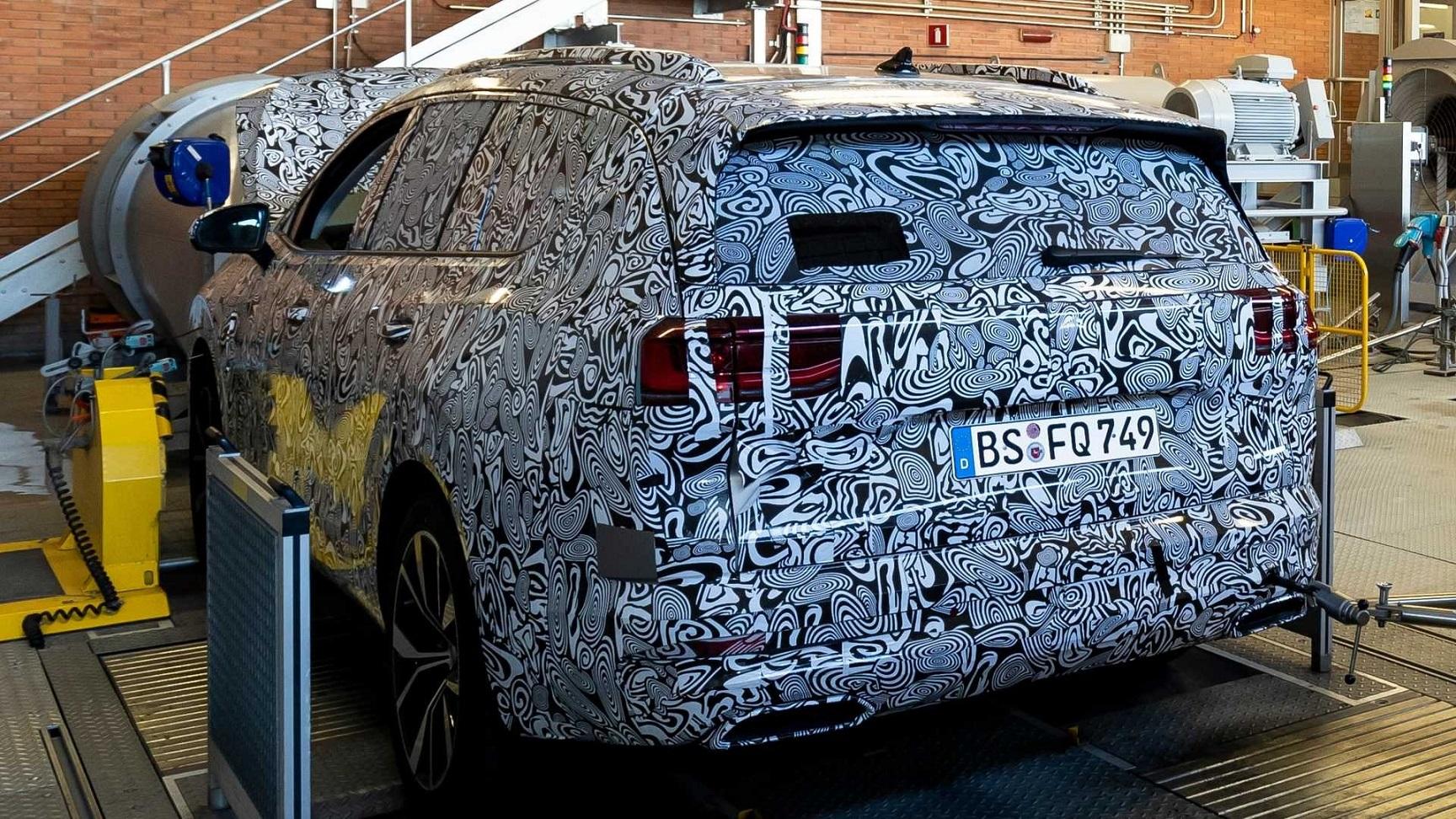 Volkswagen: prima immagine di un nuovo SUV