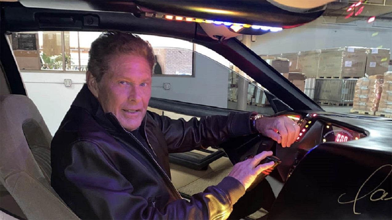 David Hasselhoff vende la sua 'KITT' di Supercar