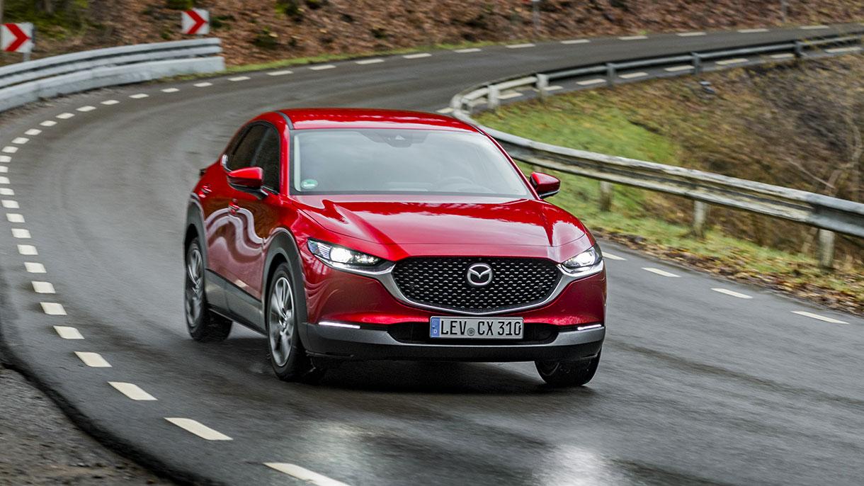 Mazda CX-30 2021: prezzi, foto e caratteristiche