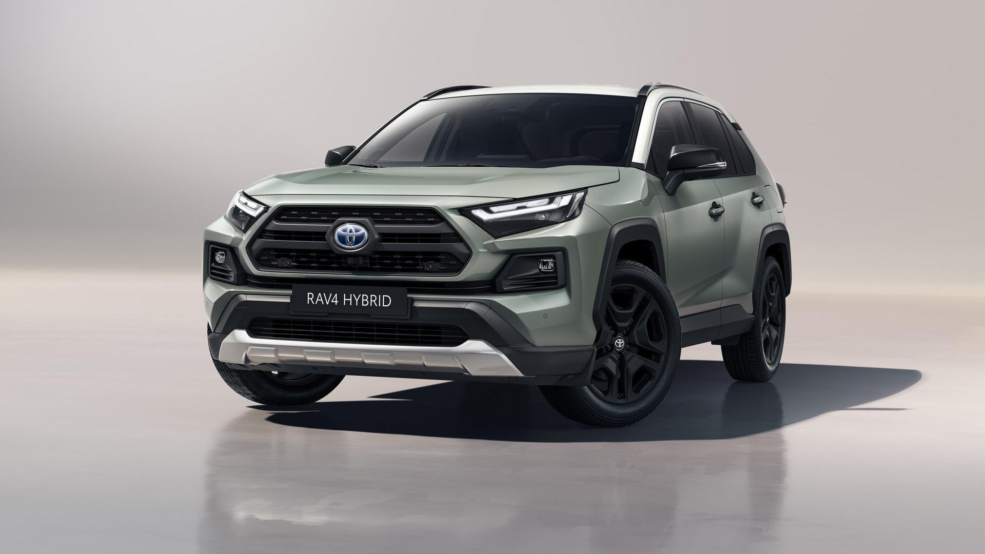 Toyota RAV4 Aventure 2022: le novità del restyling