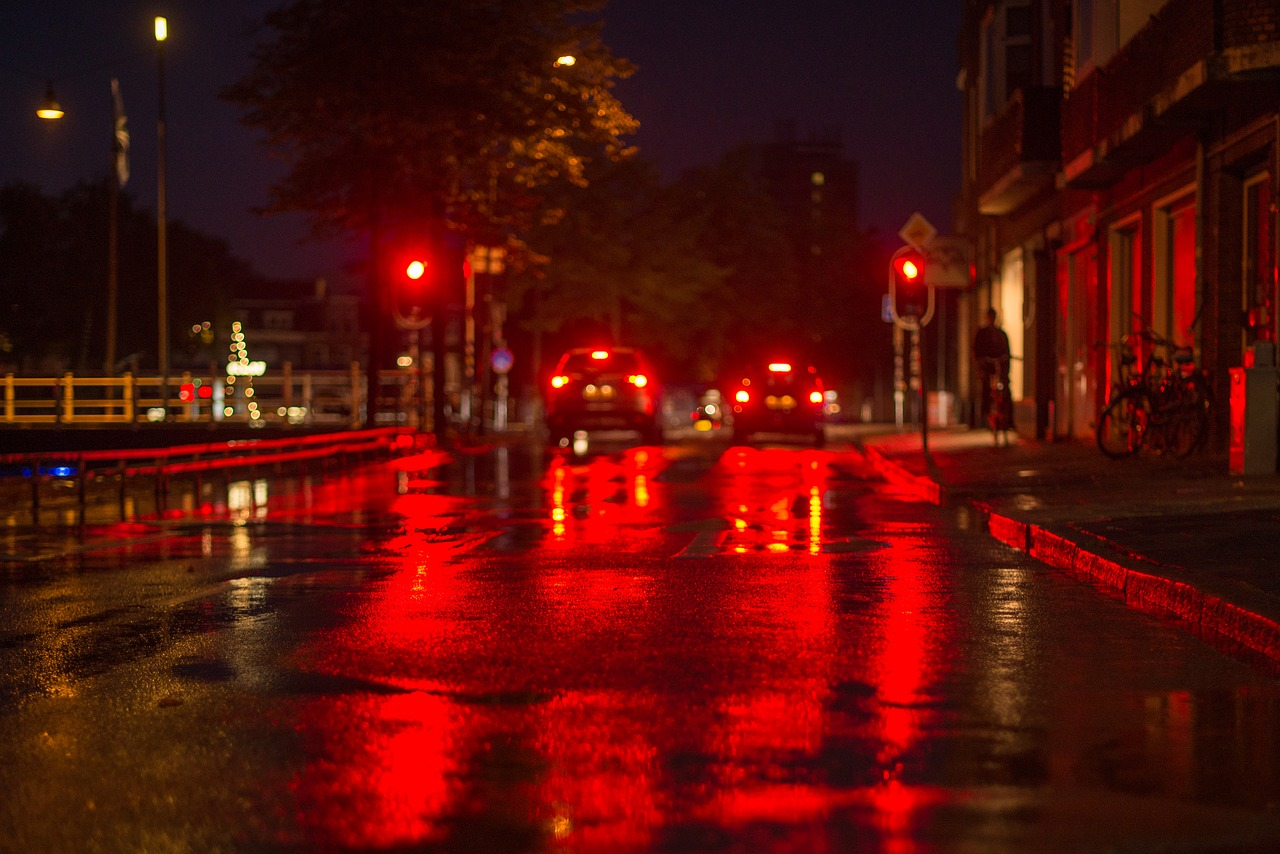 Valanga di multe in arrivo con i super semafori T-Red: dove sono e chi rischia
