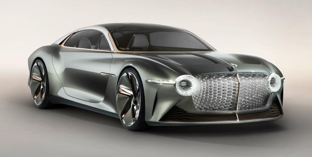 Bentley: la rivoluzione elettrica parte nel 2025