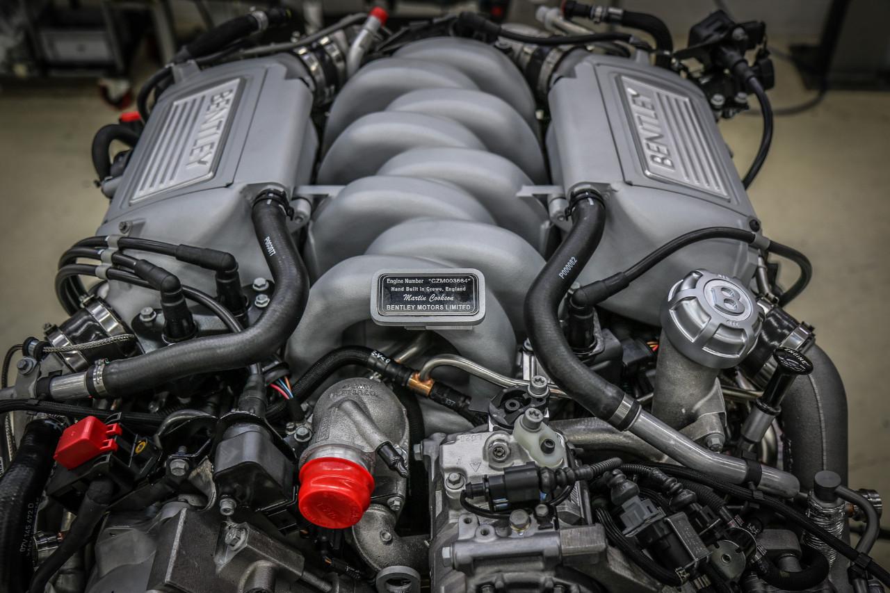 Bentley produce l'ultimo V8 da 6,75 litri
