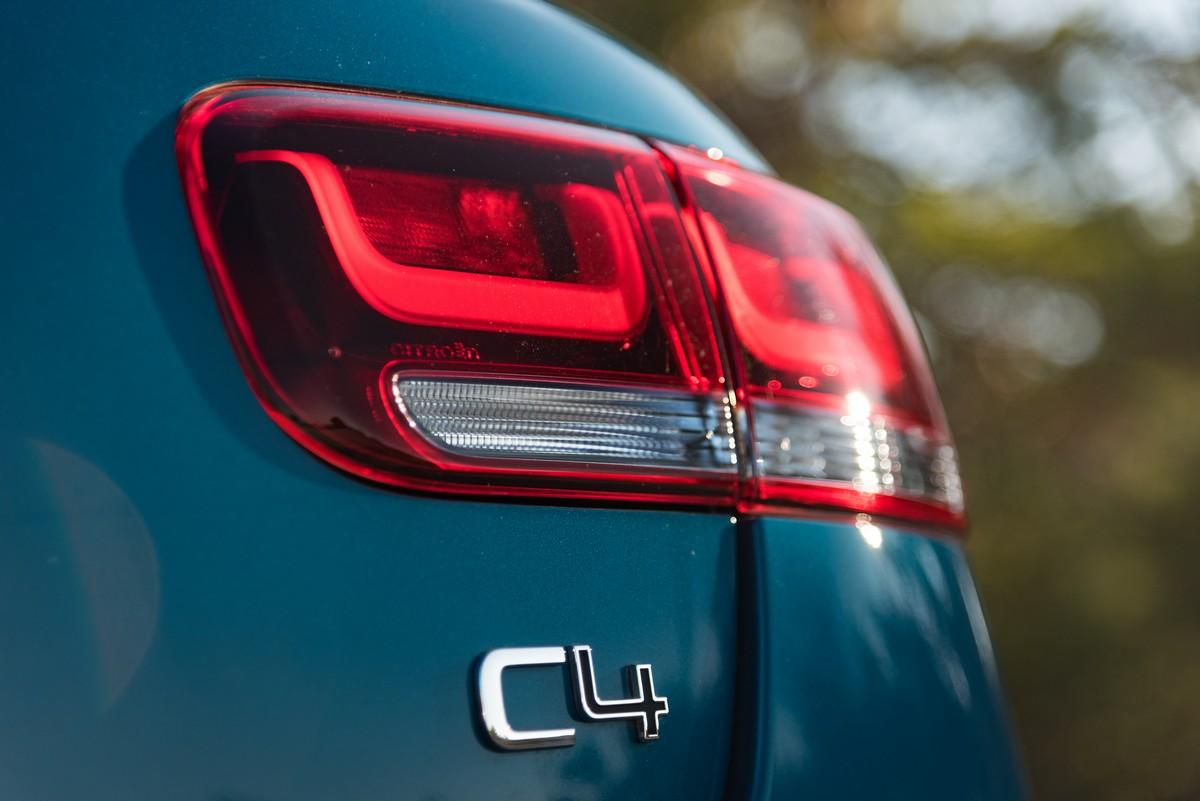 Nuova Citroen C4: il crossover arriverà a fine mese