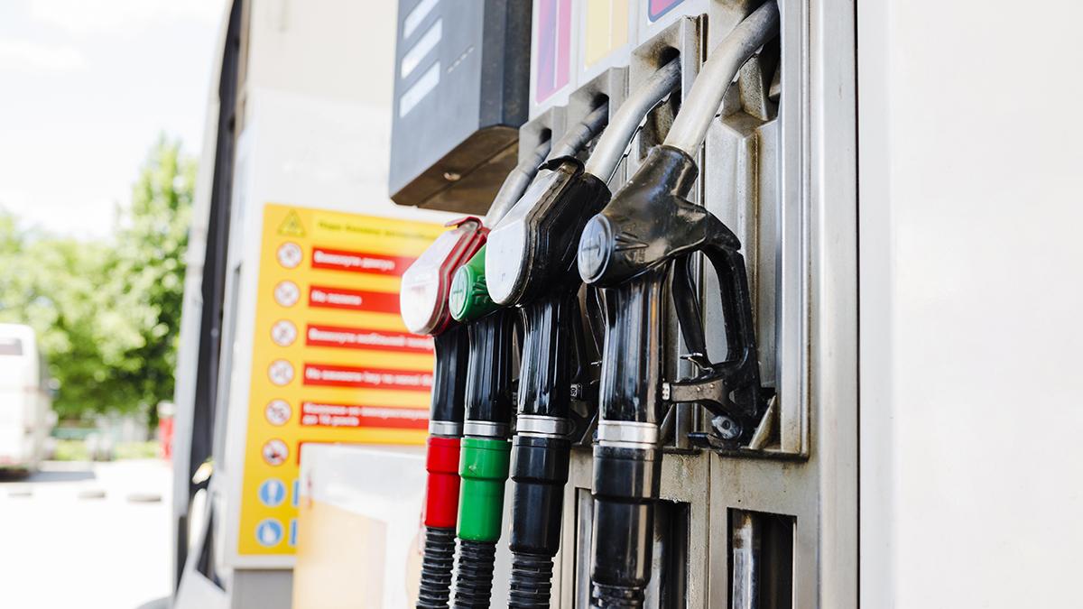 Petrolio in discesa: ecco i prezzi di benzina, diesel, GPL e metano di oggi