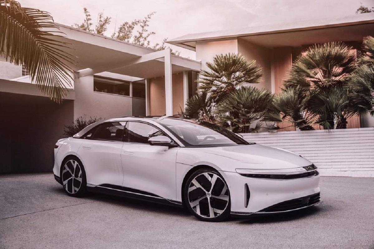 Lucid Air: svelata la berlina elettrica di lusso rivale di Tesla