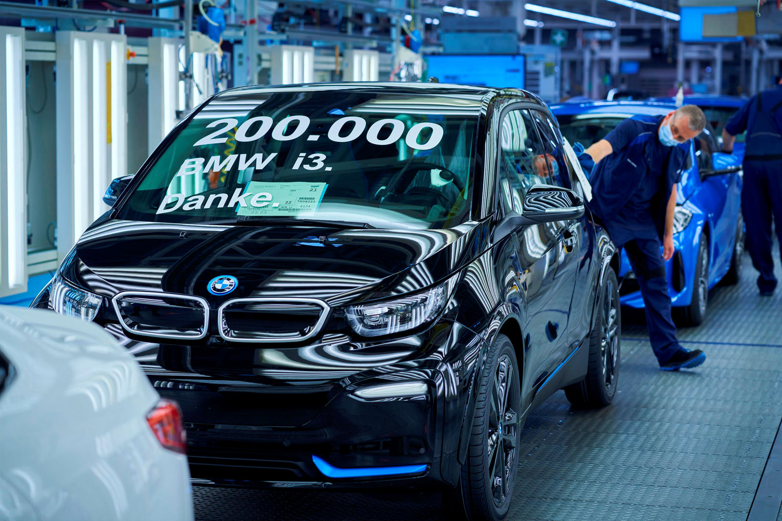 BMW raggiunge un traguardo storico