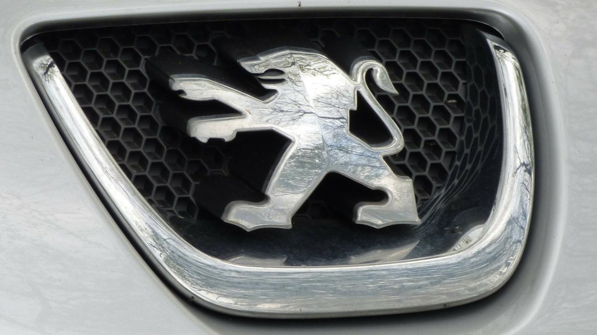 Peugeot inizia a eliminare i diesel dalla sua gamma