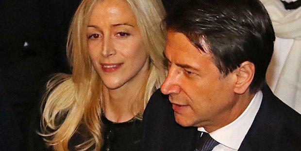 Conte indagato per peculato per la scorta utilizzata dalla compagna Olivia Paladino