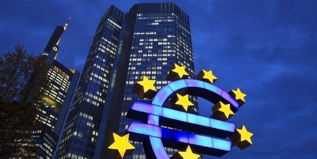 Bce lascia tassi invariati. Draghi: crescita Eurozona solida e diffusa