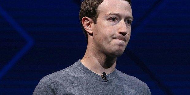 Zuckerberg attacca Warren: battaglia legale contro lo scorporo delle Big Tech