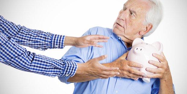 Pensioni: quota 100 confermata, al via da aprile. Assegno non cumulabile