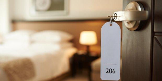 Crisi del turismo: il crollo dell'industria alberghiera trascina a fondo le altre filiere