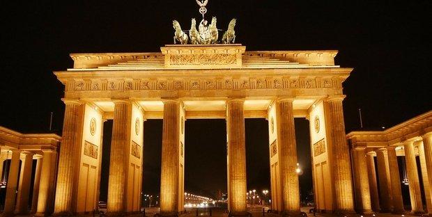 Torna asse Parigi-Berlino: intesa su MES