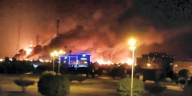 Due impianti petroliferi in Arabia Saudita sono stati attaccati con i droni