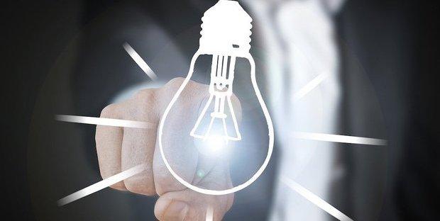Mercato tutelato verso la fine: tutto ciò che c'è da sapere sul futuro delle bollette di luce e gas