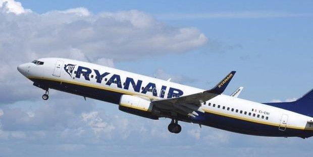 Bagaglio a mano, Ryanair e WizzAir sono salve: annullate le multe