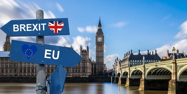Brexit, stop ai migranti che non parlano inglese