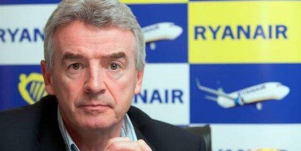 Nuove regole sugli aerei, ma Ryanair non ci sta: