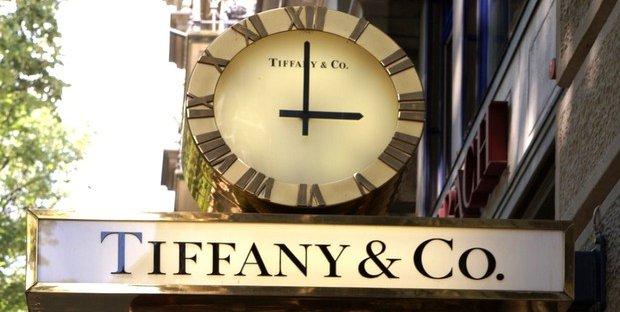Sì, Lvmh conferma i colloqui con Tiffany