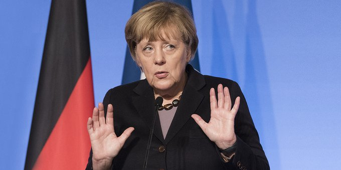 "Angela Merkel dice ""no"" a Donald Trump: i motivi"
