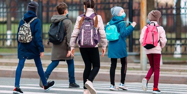 Francia, chiuse 22 scuole e 100 classi