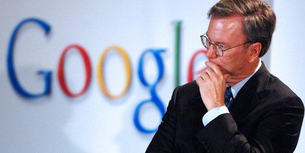 """Ex CEO Google critica gestione pandemia: """"Persone morte inutilmente"""""""