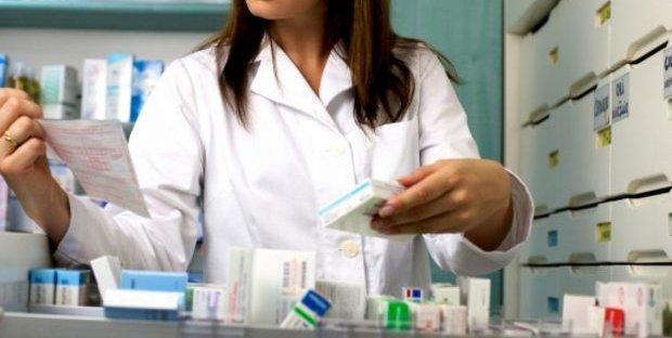 Quanto guadagna un farmacista? Stipendio e come diventarlo