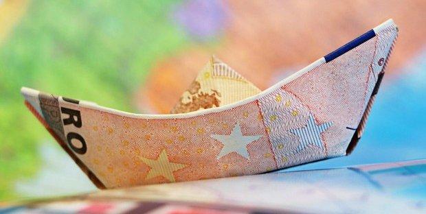 UniCredit: Mustier, da 2020 tassi negativi su depositi oltre 100mila euro