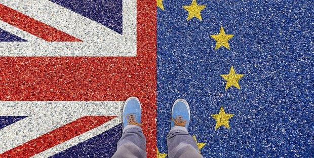 Brexit: niente accordo, avanti fino a domenica
