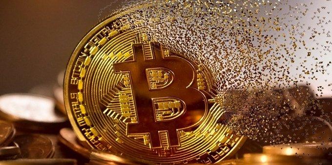 Bitcoin al bivio: moneta del futuro o bolla speculativa?