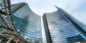 Unicredit: strategie long attendono un breakout