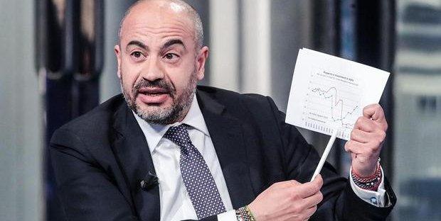 Italexit, ecco il nuovo partito di Paragone: per i sondaggi il 30% degli italiani contro l'Euro