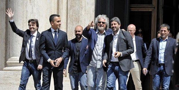 Crisi governo, Grillo riunisce vertice M5S per decidere su intesa PD