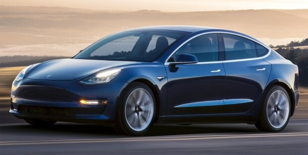 Tesla Model 3, sicurezza a 5 stelle nei crash test NHTSA