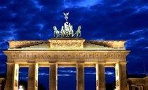 Η Γερμανία θα εκδώσει περισσότερα ομόλογα από το αναμενόμενο.  Το χρέος του Βερολίνου αυξάνεται