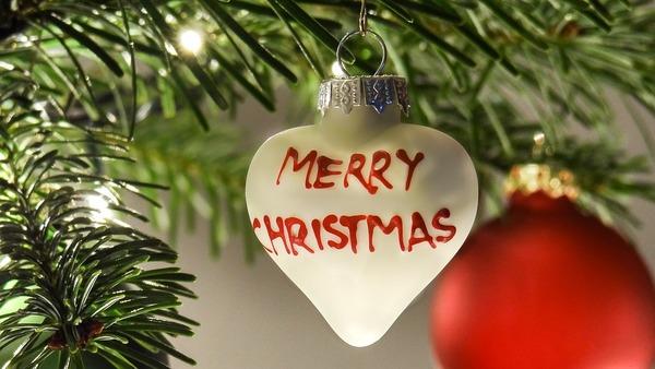 Messaggio Di Buon Natale Simpatico.Auguri Natale Frasi E Immagini Per Augurare Buone Feste 2018 Ad