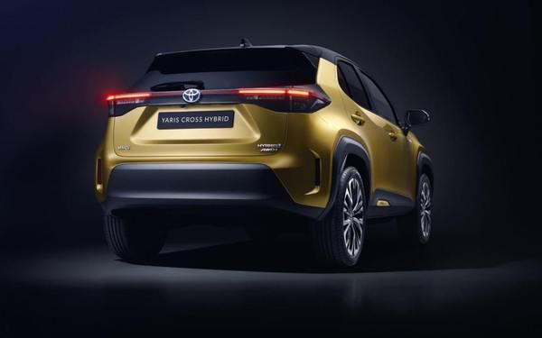 Prime immagini ufficiali del B-SUV — Toyota Yaris Cross