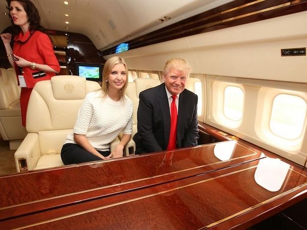 Aereo Privato Di Lusso : L aereo di renzi costa più del jet lusso trump vs