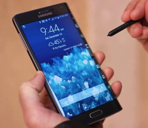2f9b9d0d64e3b Sarà bene dunque accompagnare questa recensione a quella del Samsung Galaxy  Note 4