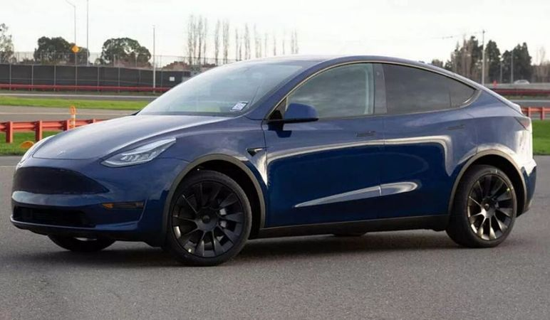 Tesla Model Y in fondo alla classifica di affidabilità