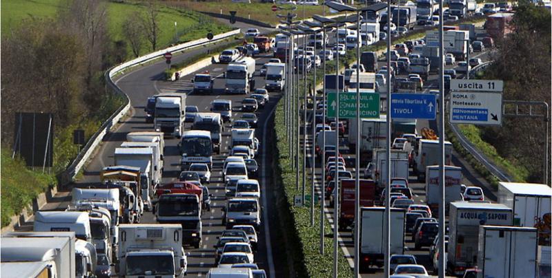 Autostrade Natale e Capodanno 2019: previsioni traffico da bollino