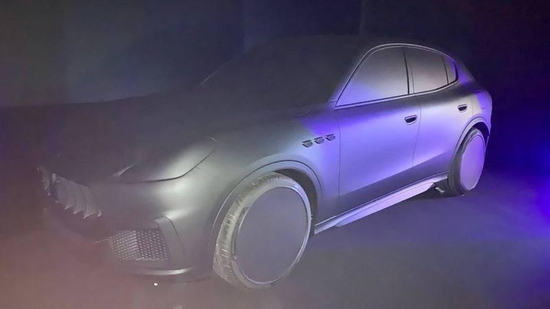 """Maserati """"Grecale"""" Arton96691-699d0"""